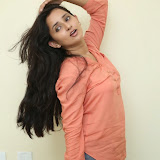Ishika Singh New Photos 11