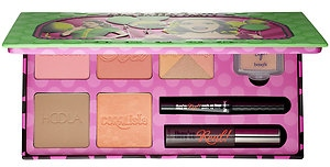 A Real Cheeky Party Holiday Blush Palette, shopping guide by barbies beauty bits