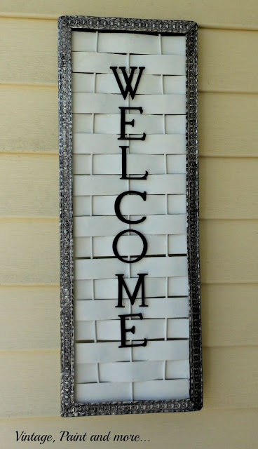 Vintage, Paint and more... DIY welcome sign with a metal trim