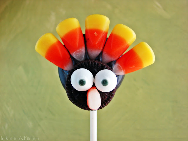 Turkey Candy Pops @KatrinasKitchen
