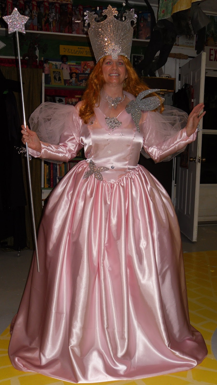 Costumes and props: Glinda the good witch
