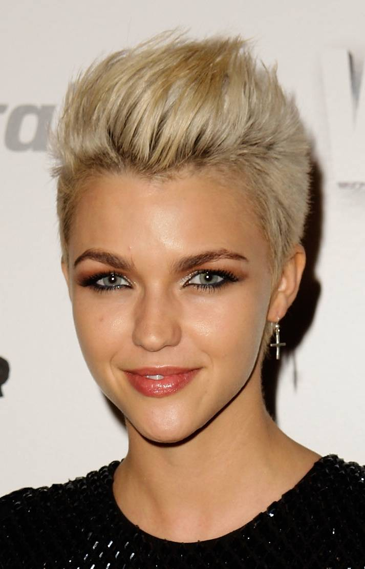 Party Hairstyles For Short Hair Medium Hairstyle Fashions