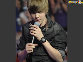 Justin bieber wallpapers singing