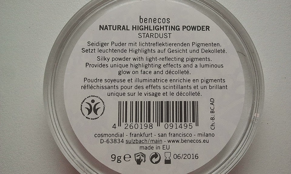 Benecos-Highlightning-Powder-back-side-photo-by-joanna-tolpan