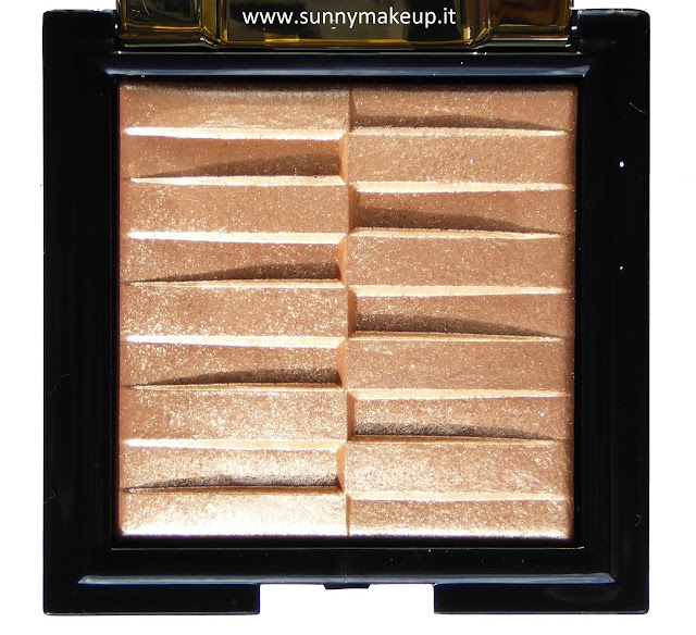 Pupa - Stay Gold!: Collezione natalizia 2015. Stay Gold! Highlighter. Illuminante All Over. 001 Shimmering Gold.