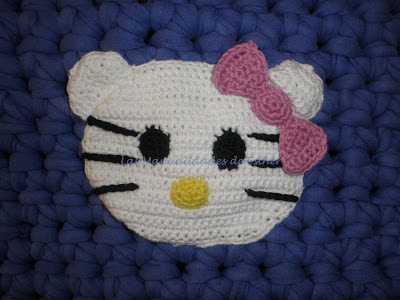 Cara de Hello Kitty realizada en crochet