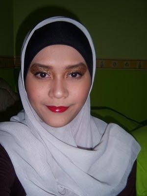 Beautiful Hijabi FOTD Leopard Eyes