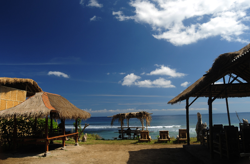 Hasil gambar untuk desert point lombok