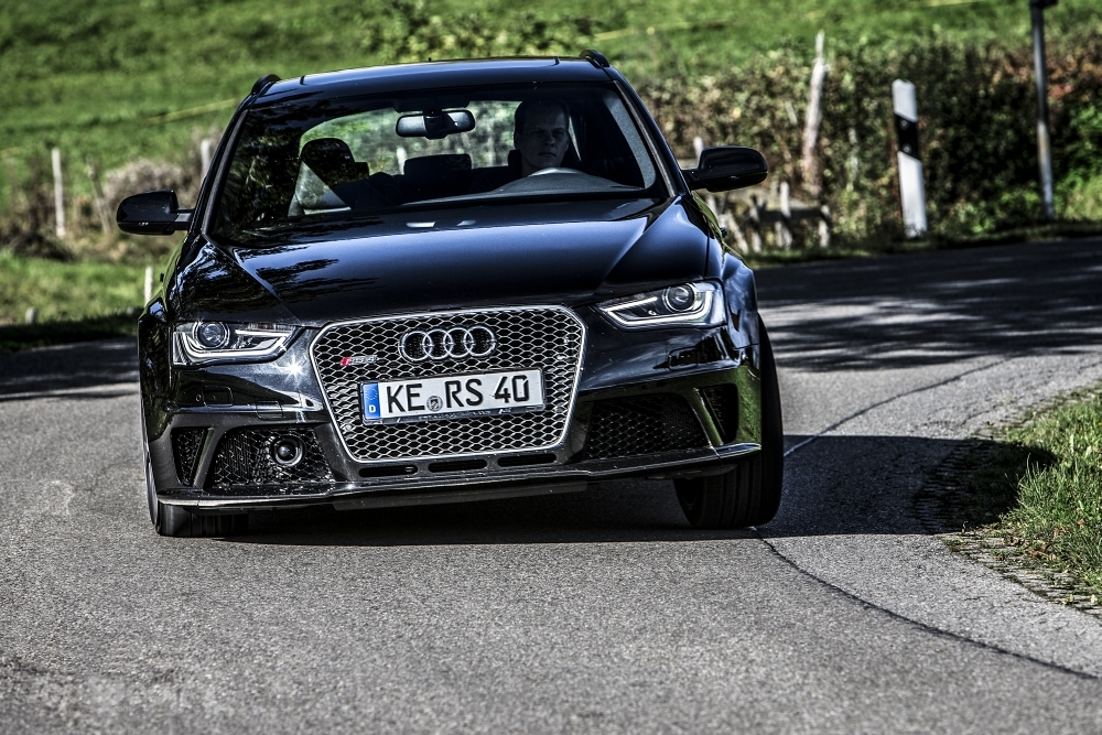 a car 2013 Audi RS4 by ABT Sportsline