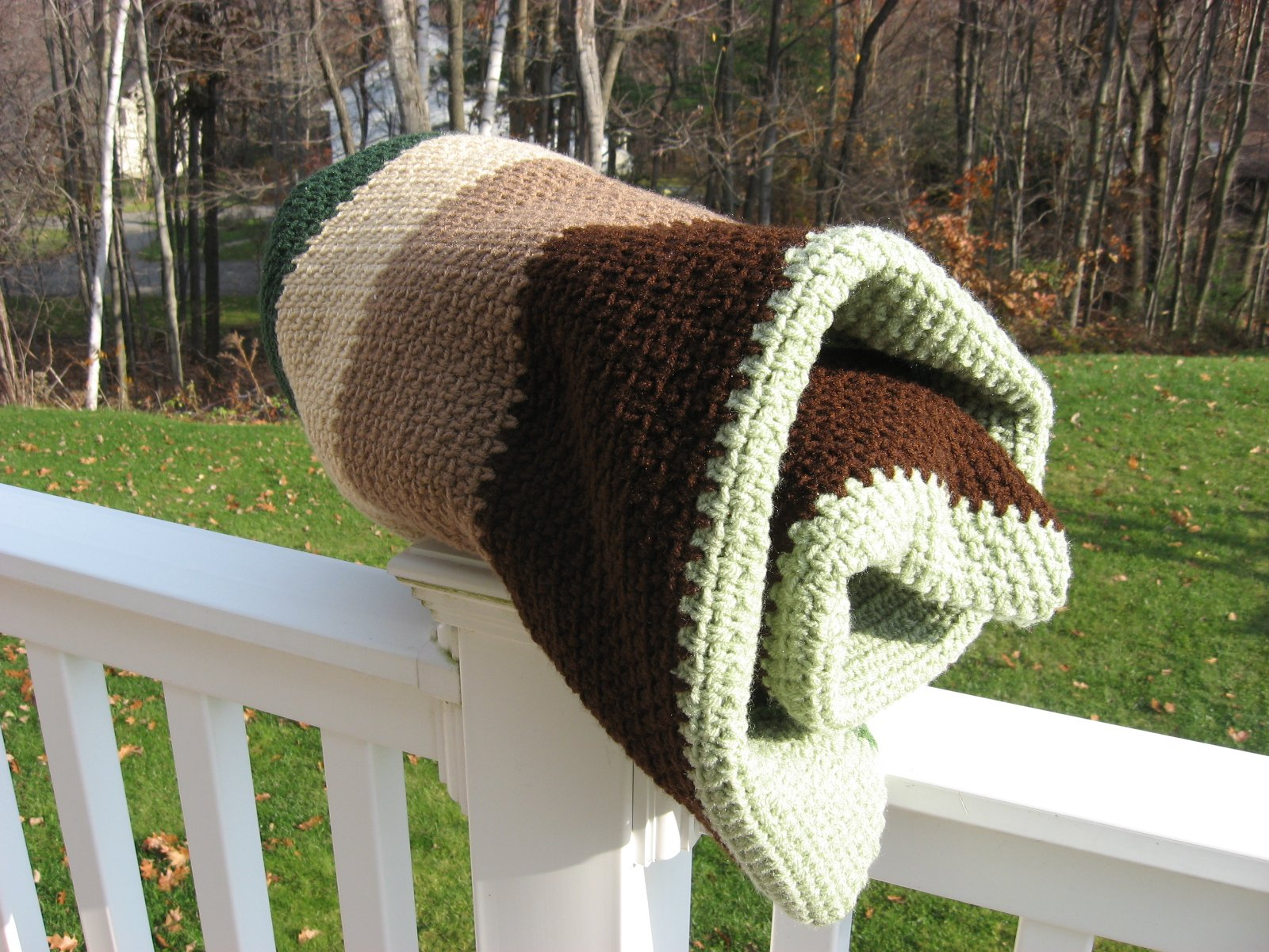 Hooked on Needles: My 2011 Scrap Afghan in Crocheted Woven Stitch ...