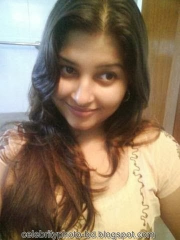 Deshi+girl+real+indianVillage+And+college+girl+Photos061