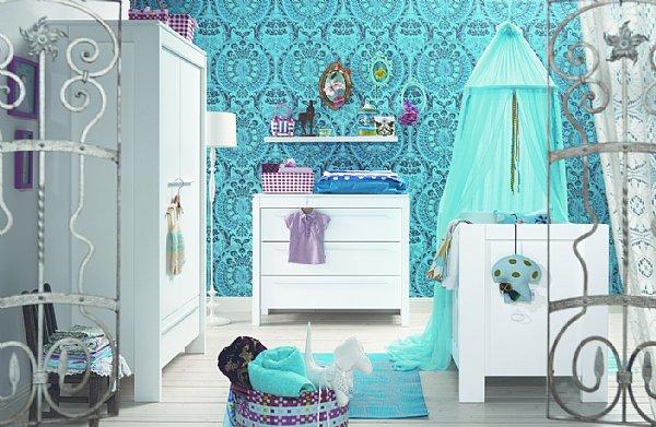 Dormitorio para beb en turquesa y blanco dormitorios for Dormitorio turquesa