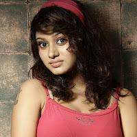 pleasnat cute Tamil actress oviya latest photoshoot