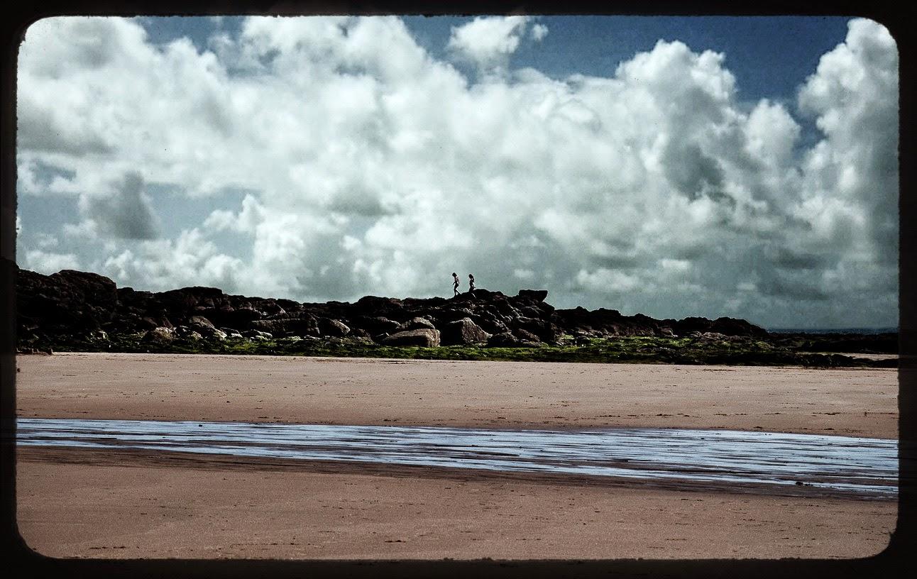 beach-kids-les sables d'olonnes