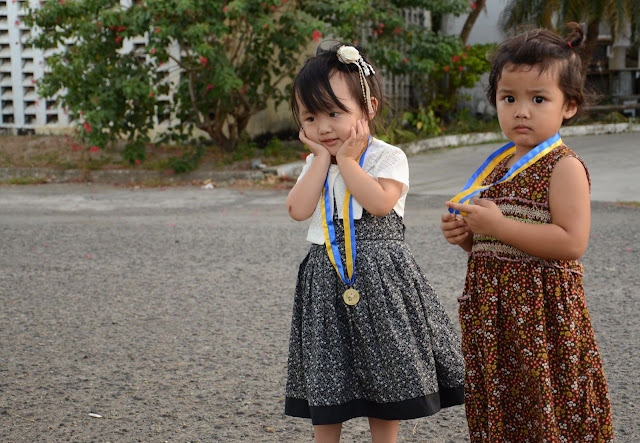 Karin & Kecil: Graduation ceremony