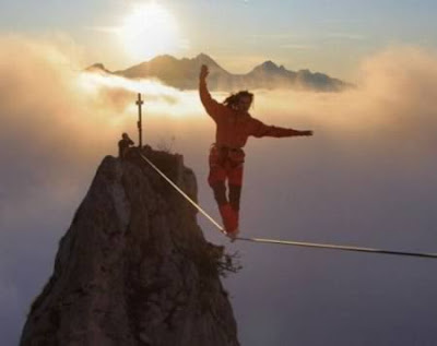 Unbelievable-Daredevil-Rope-Walker