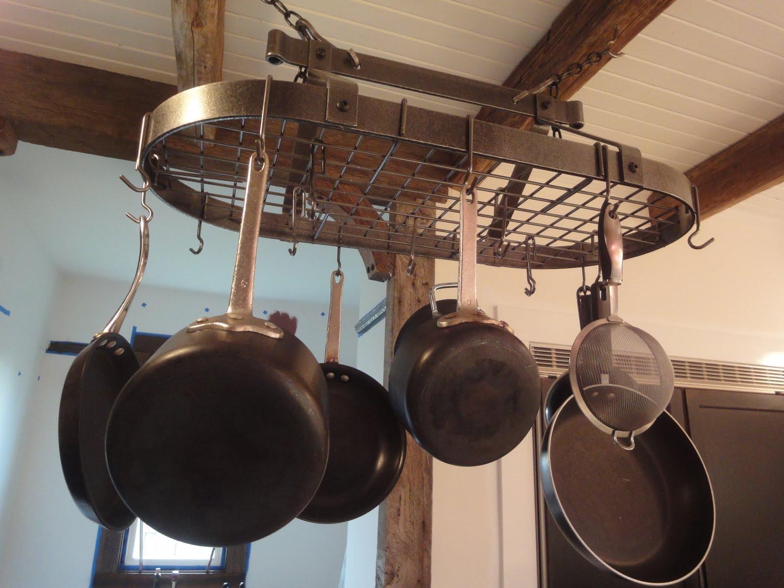 1900 Farmhouse Kitchen