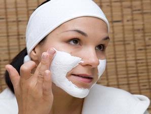 cara memutihkan wajah, masker wajah agar putih, cara agar kulit wajah putih