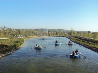 Podrás pasear en barca por el Embarcadero del Parque Europa