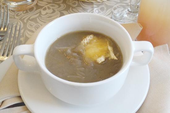 CLAUDE'S CAFFE DE VILLE Creamy Onion Potato Veloute