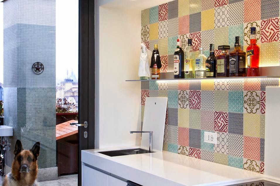 Piastrelle cucina rosse good mattonelle rosse sul muro in bagno
