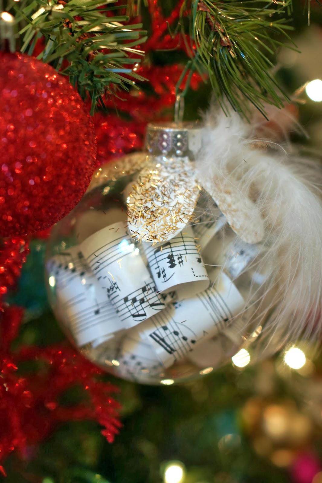 Christmas music ornaments - Homemade Music Ornaments