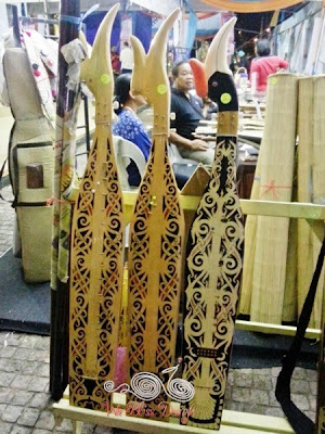Sape the traditional orang ulu guitar - WireBliss