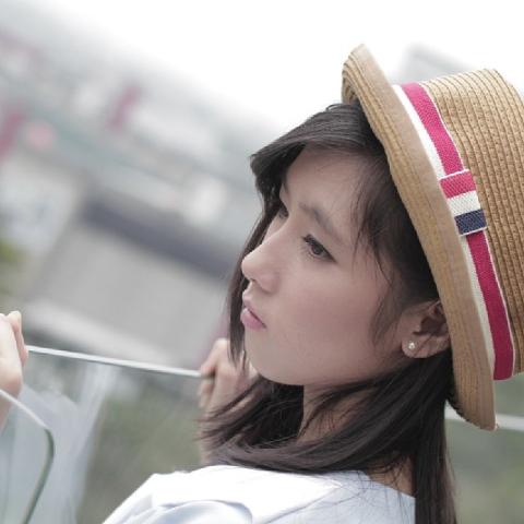 Foto+Rezky+Wiranti+Dhike+JKT48.png