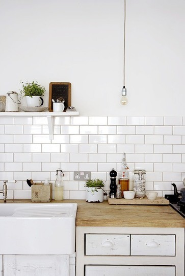 restlessoasis white subway tile with dark grout. Black Bedroom Furniture Sets. Home Design Ideas