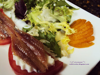 ensalada queso fresco y anchoas