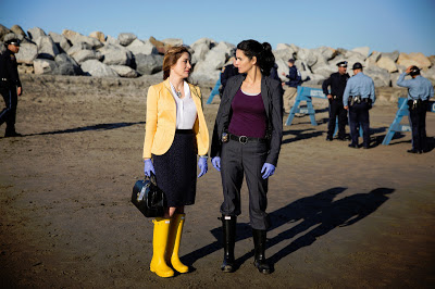 Rizzoli and Isles now with more yellow boots