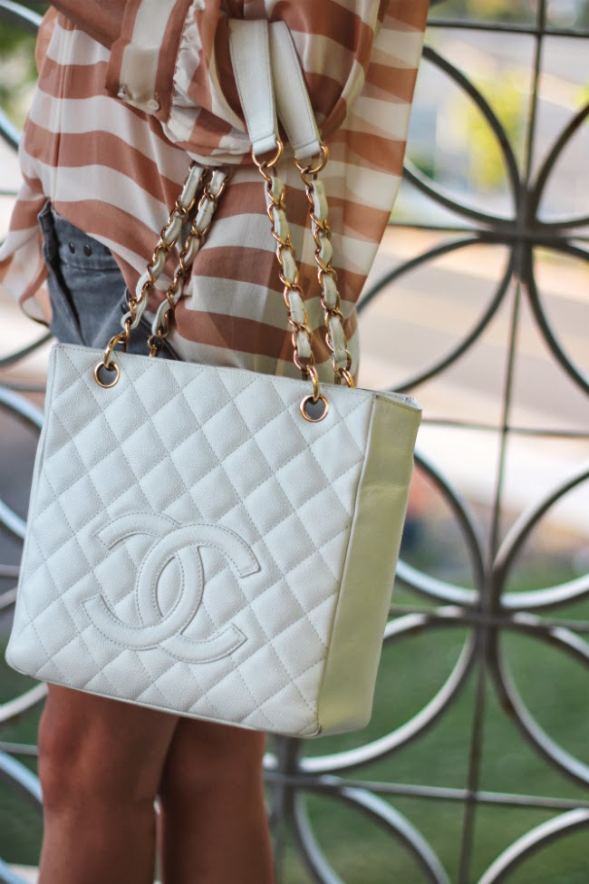 chanel handbag bag pst caviar chains classic tote