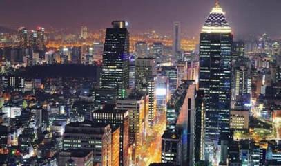 kawasan Gangnam yang selalu terjaga siang dan malam