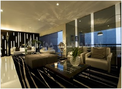 Elegant and luxurious living room with large dining room. Video and pictures