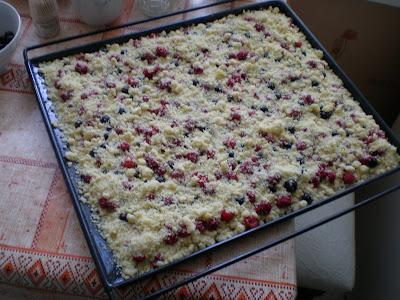 Царская ватрушка со свежими ягодами