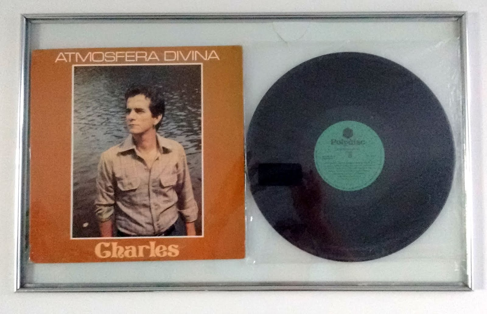 Atmosfera Divina primeiro LP de Charles Meira