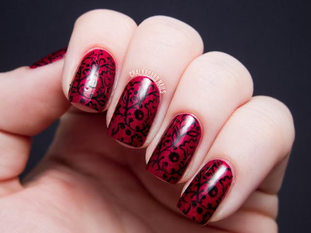 Маникюр красные ногти с кружевом на короткие ногти