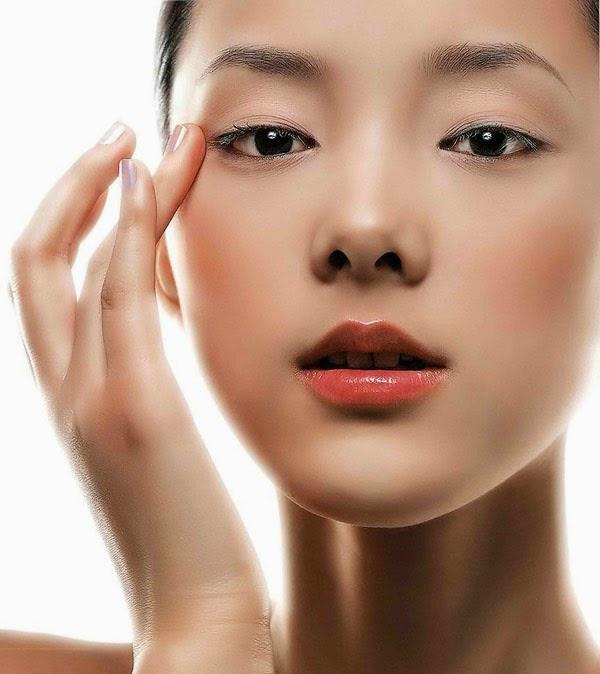 Trị mụn đầu đen hiệu quả với kem trị mụn