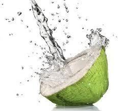 Air kelapa serta ragam manfaatnya...!!!