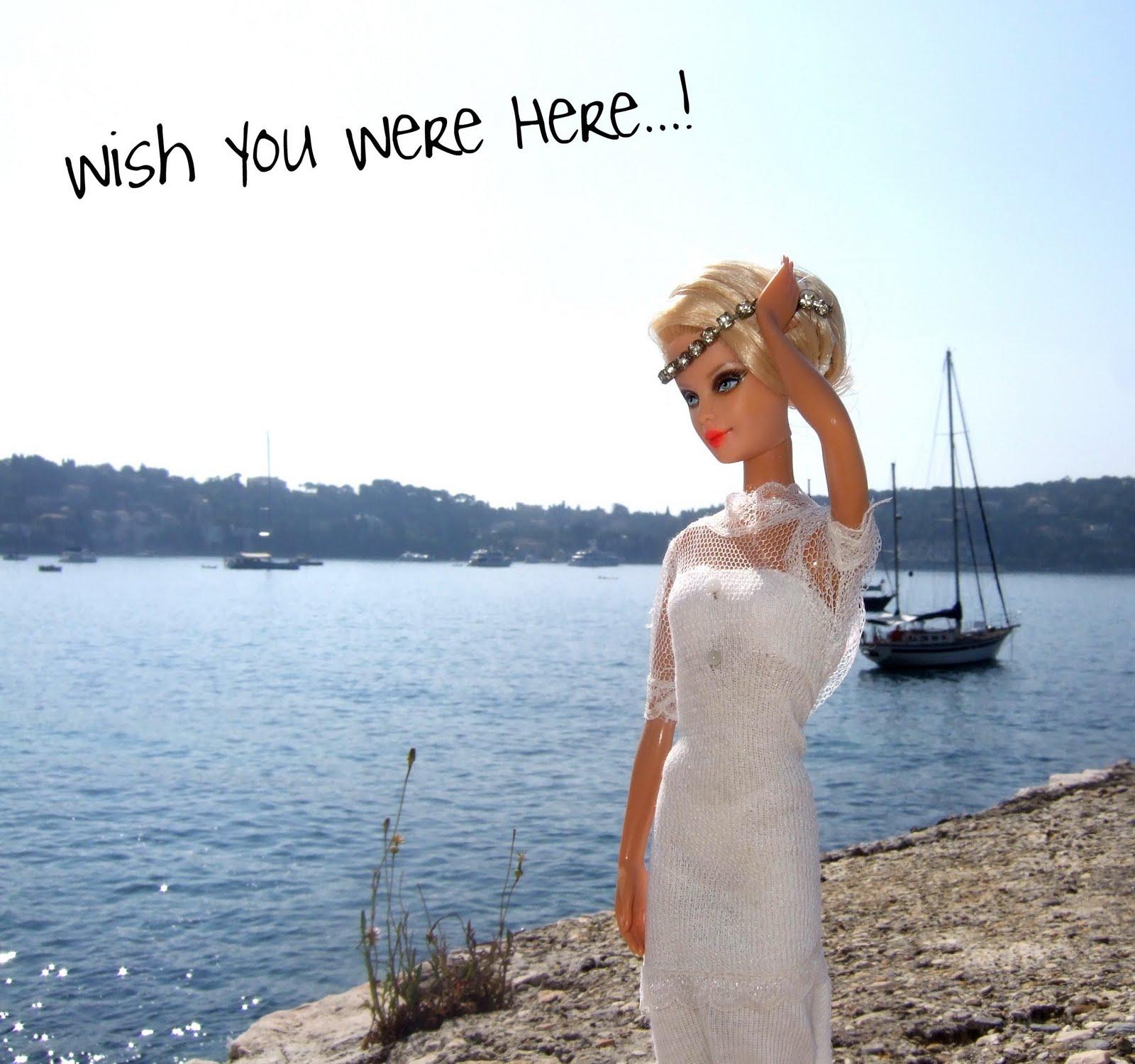 http://4.bp.blogspot.com/-Deslo5pE2M4/Tjlb5MDZ0hI/AAAAAAAAAWM/KL6uZVQ9I40/s1600/style-icon-barbie-of-the-day.jpg