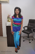 Sravya Glam pics at Linen Club launch-thumbnail-3