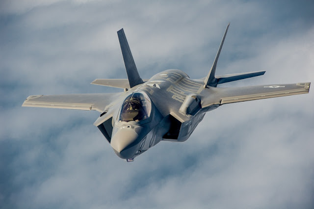 طائرة F-35 الحربية
