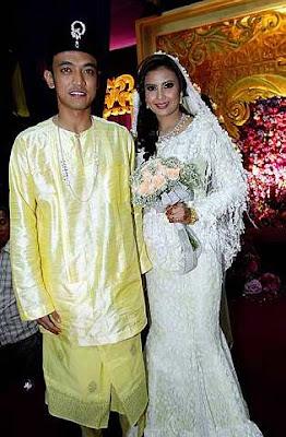 Gambar Tomok Siti Rahayu Majlis Pernikahan