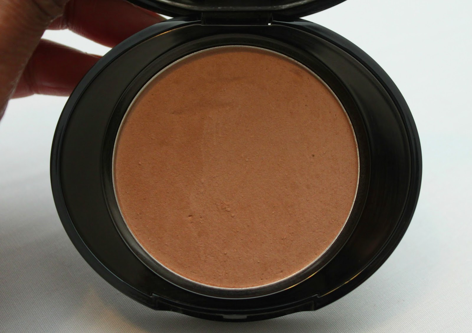 NO 07 PERFECT LIGHT PRESSED POWDER  IN DARK
