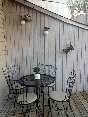 Easy Garden Wall Planters