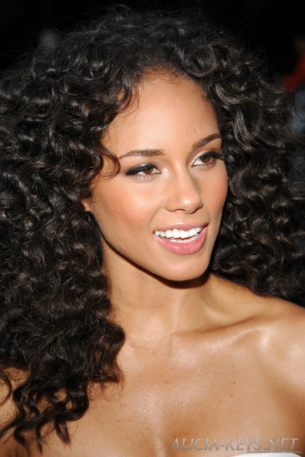 Short Hair Styles: Curly Hairstyle For Black Women