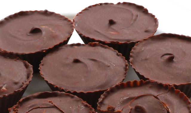 how to make homemade peanut butter cups easy step-by-step photo recipe как приготовить арахисовые шоколадные конфеты дома с арахисовой пастой пошаговый рецепт с фото