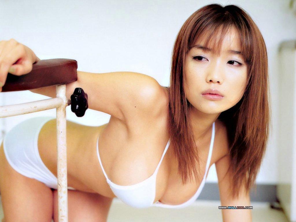 http://4.bp.blogspot.com/-DfvCagjqHLQ/TiWwIB8J96I/AAAAAAAAACA/iJcC07CCjUM/s1600/asian-Bikini-Girls.jpg
