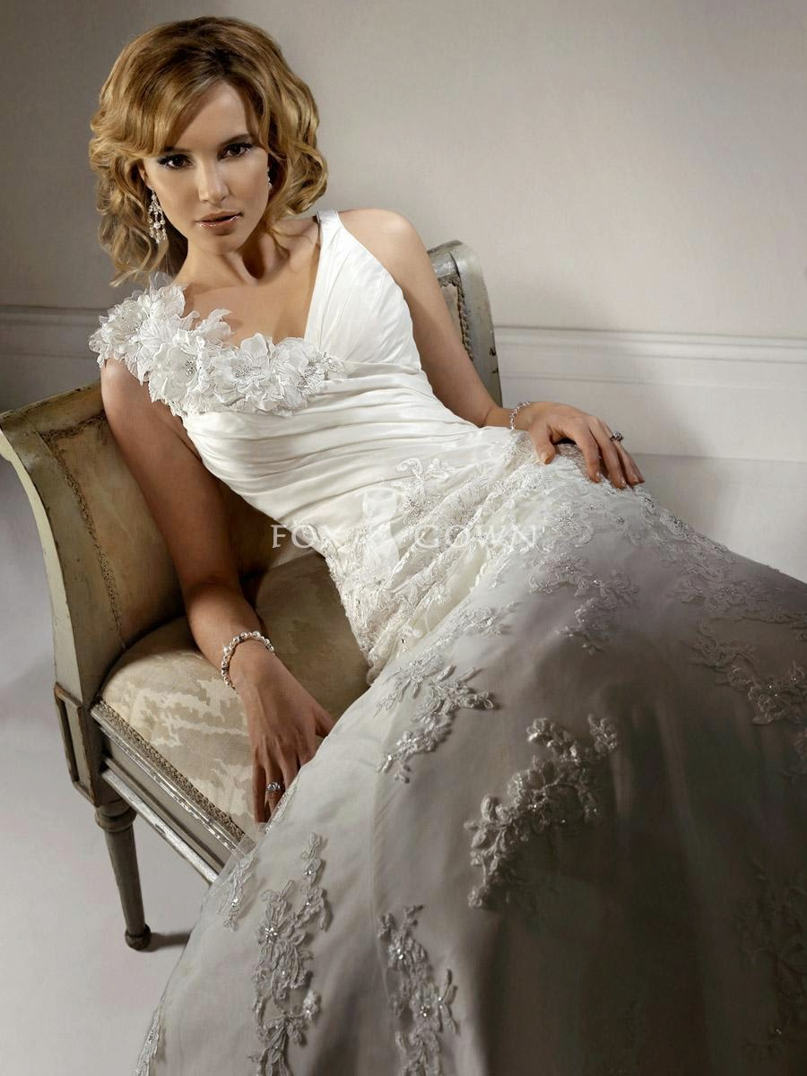 Designer dresses best dresses from all around the world for Romantic wedding dress designers