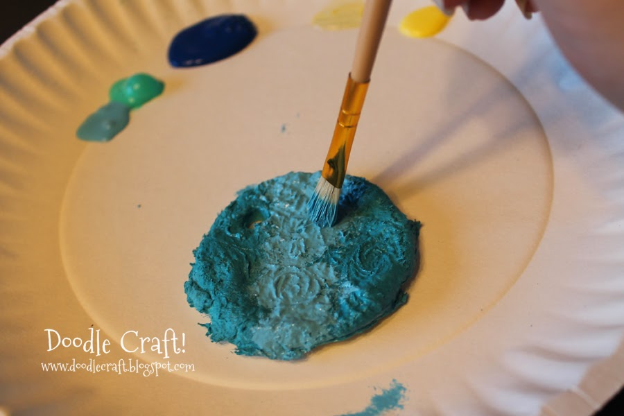 Doodlecraft homemade paper mache clay for Easy paper mache crafts